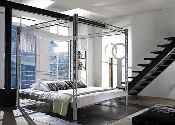 lit en fer lit baldaquin matrix. Black Bedroom Furniture Sets. Home Design Ideas