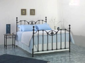 metalen spijlen bed corrib