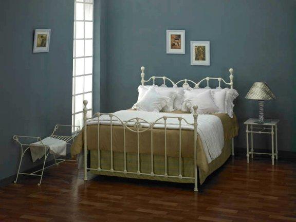 ijzeren bedden klassiek modern en romantisch corrib bed. Black Bedroom Furniture Sets. Home Design Ideas